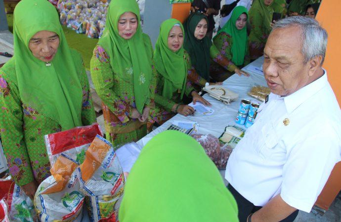 NU Gelar Bazaar Sembako dan Beri Bantuan Kaum Dhuafa di Bulungan