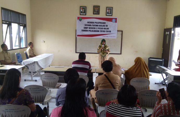 DPPPAPPKB Melakukan KIE di SMPN 2 Desa Long Tungu Dalam Acara Perpisahan Siswa Siswi