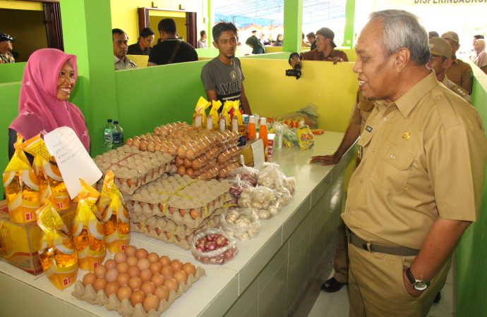 Bupati Resmikan Pasar Rakyat di Salimbatu